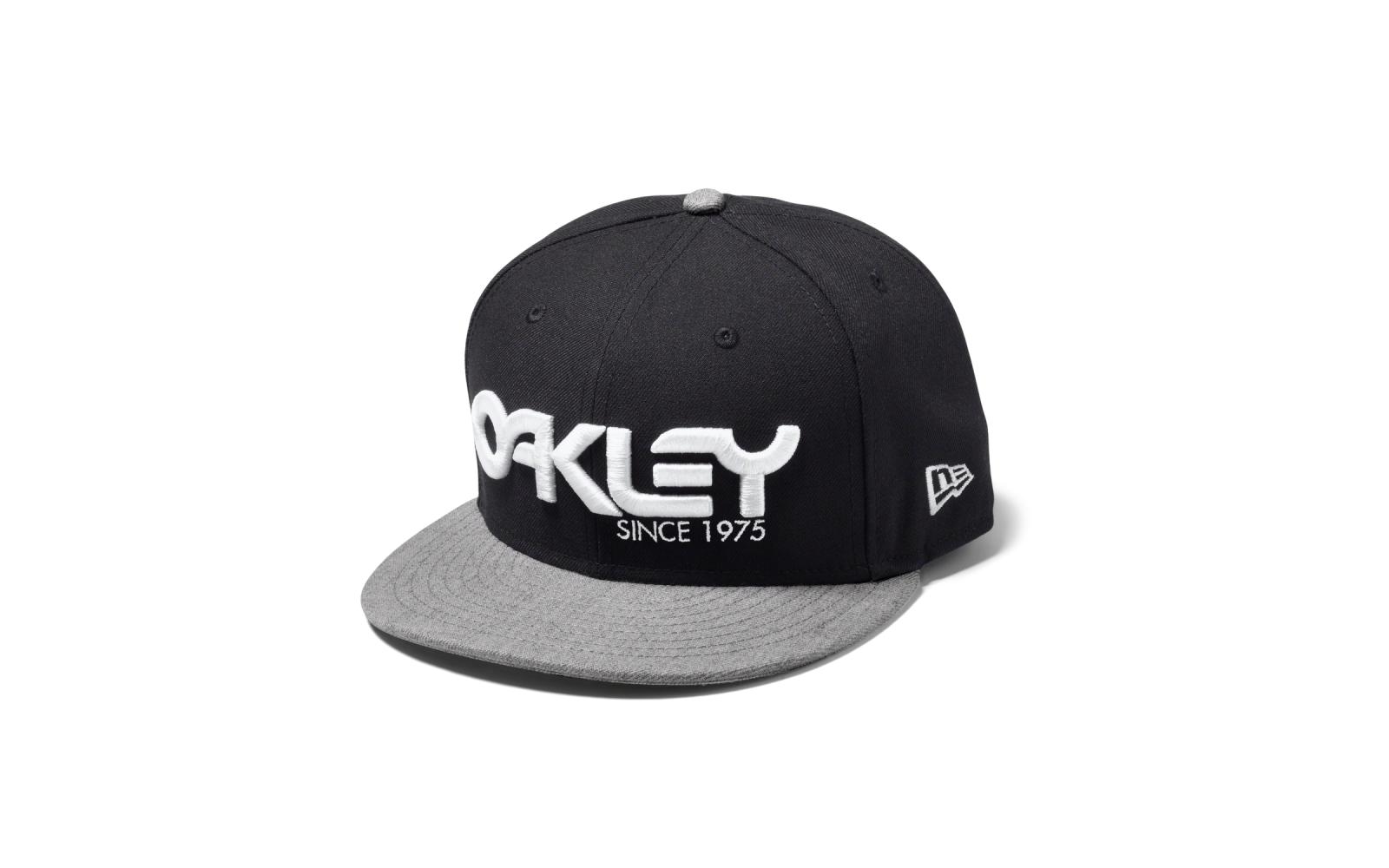 Oakley 75' Snap-Back Pet 91960-001 Zwart