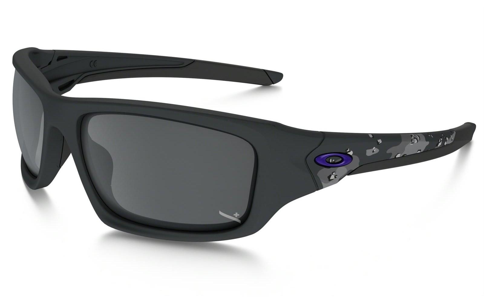 Oakley Infinite Hero Collection Valve - Matte Carbon Camo / Black Iridium - OO9236-21 Zonnebril