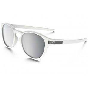 e3f65c7ca39a0a Oakley Latch - Matte White   Chrome Iridium - OO9265-16 Zonnebril
